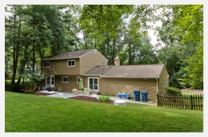 Oakton Home For Sale Half Acre Plus