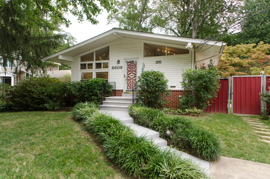 Homes For Sale Near Metro