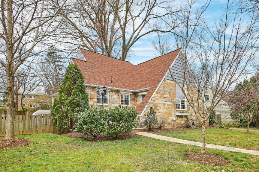Homes Under $600K in Falls Church