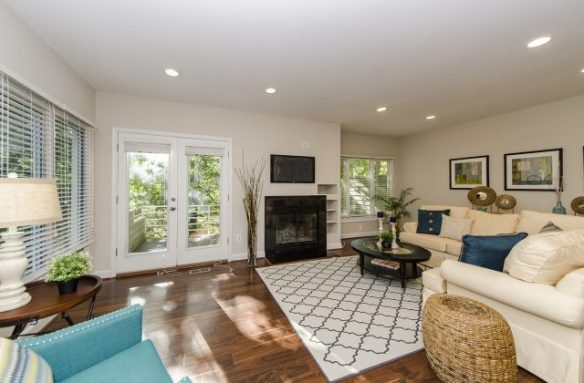 Townhouses for Sale Near Silver Line Metro